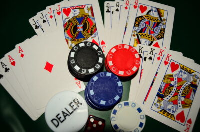 Poker Button – It's Awesomeness Explained