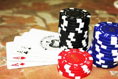 Min Raise Poker – Pros and Cons