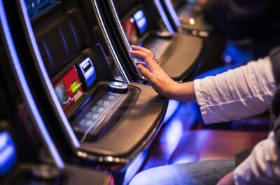 Online Gaming: Mastering Video Poker
