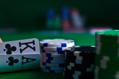 A Guide to Playing Middle Position in Poker
